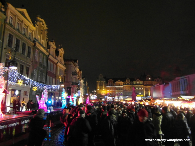 Festiwal jest niezwykle popularny - gromadzi na Rynku tłumy ludzi. 2013r.