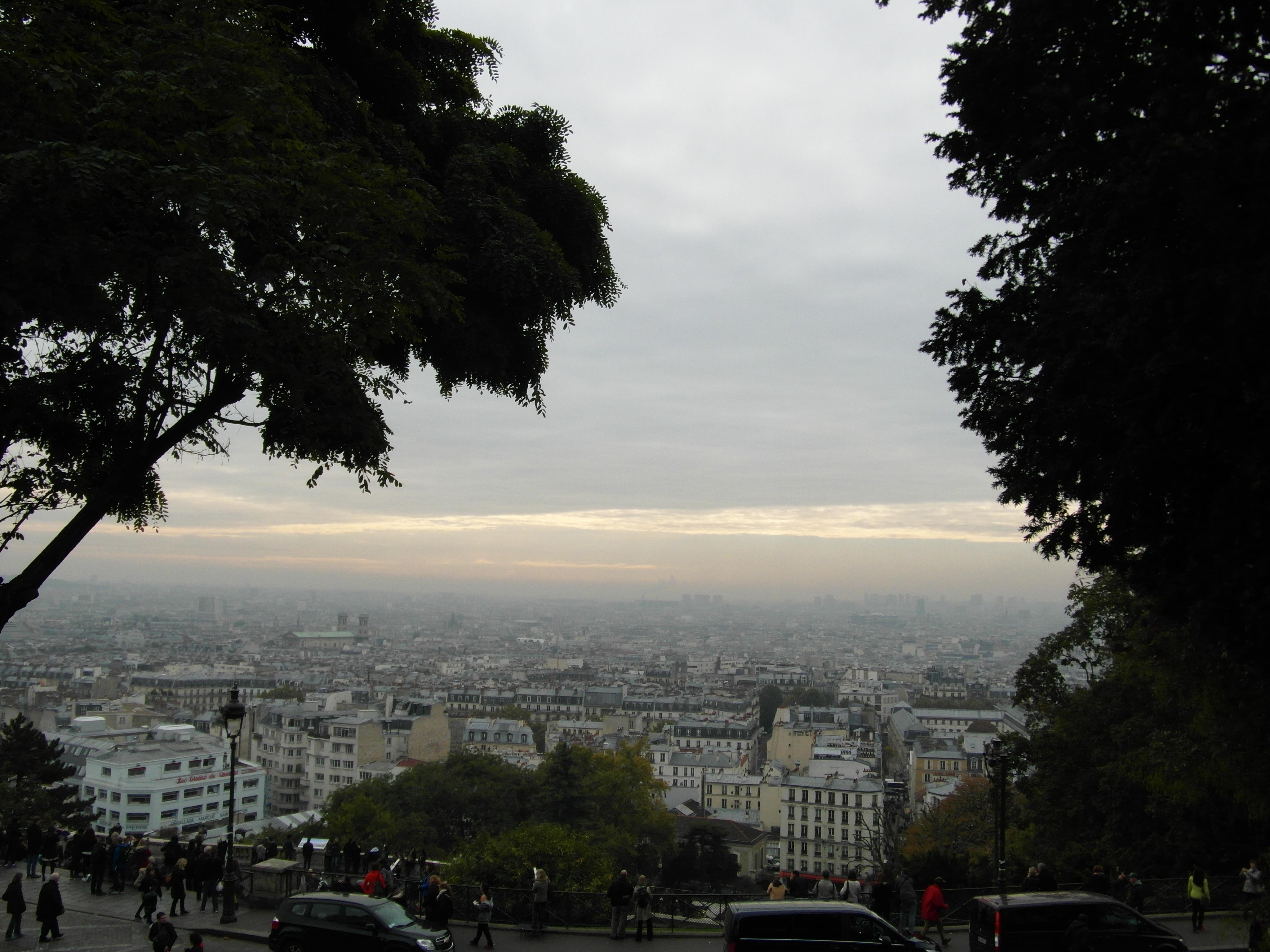 Widok spod Bazyliki Sacré-Cœur