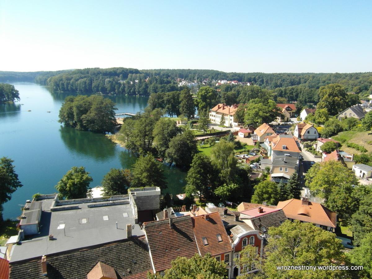 Łagów Lubuski z wieży zamku. Widok na Jezioro Łagowskie