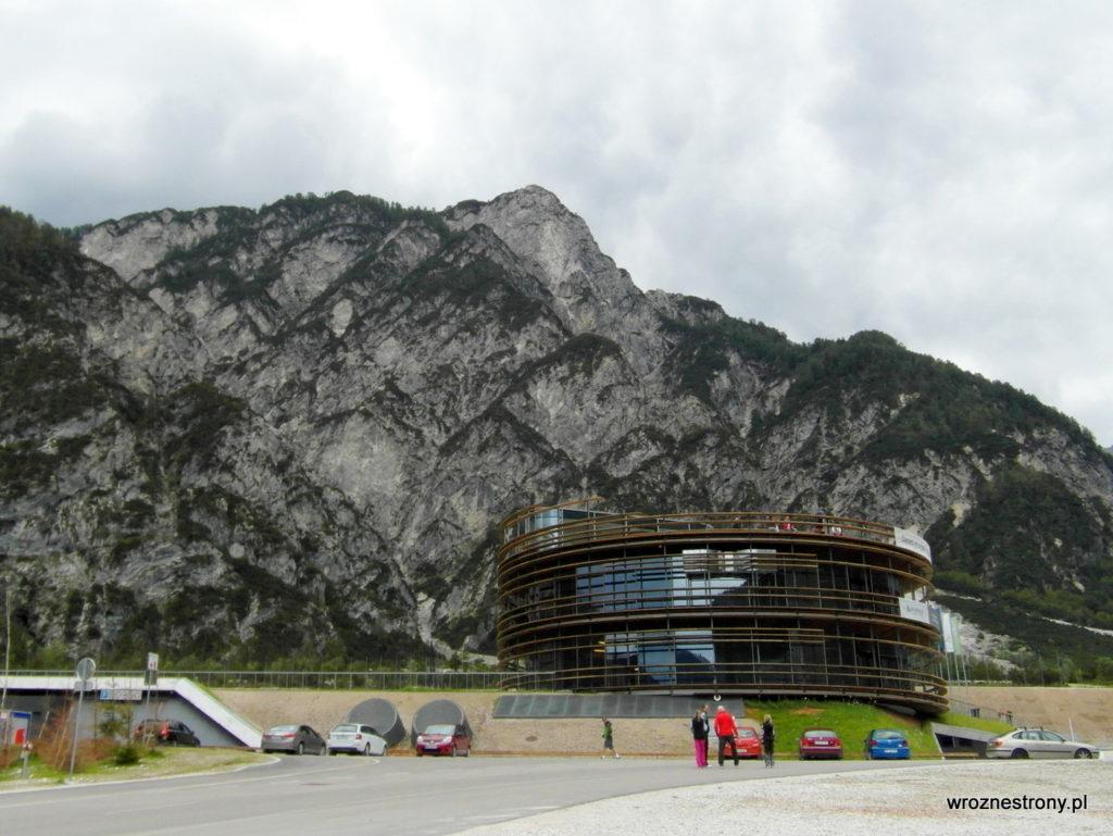 Muzeum poświęcone historii skoków narciarskich w Planicy