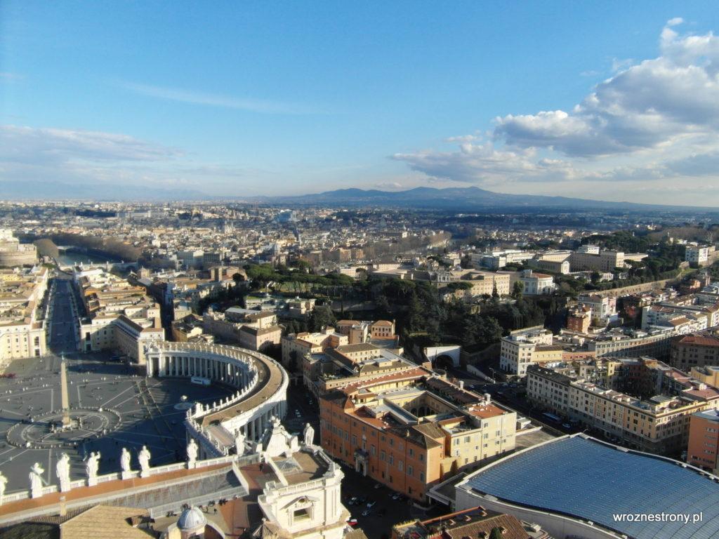 Widok z kopuły Bazyliki św. Piotra w Rzymie