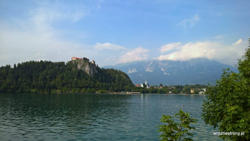 Widok na zamek nad Jeziorem Bled