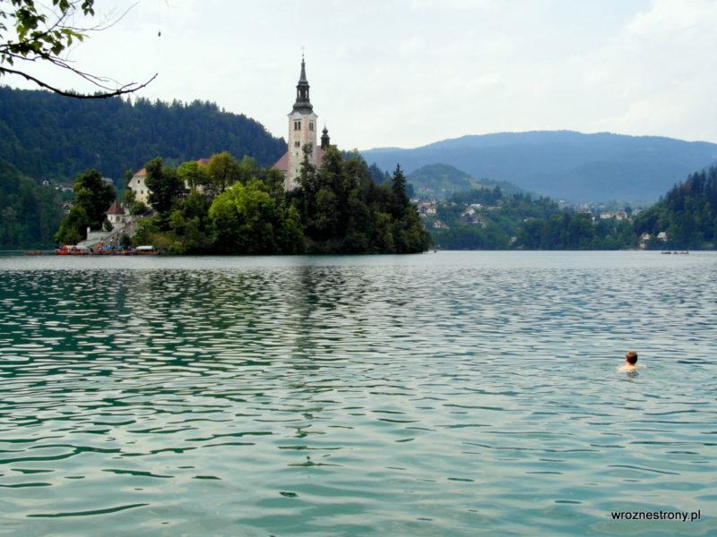 Jezioro Bled - ciężko oprzeć się kąpieli w takim miejscu ;)