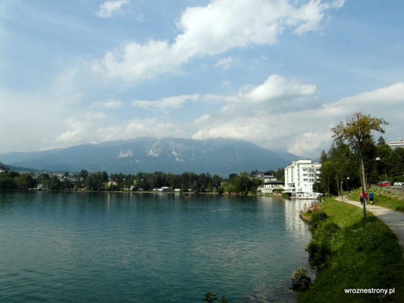 Widok na miasteczko Bled