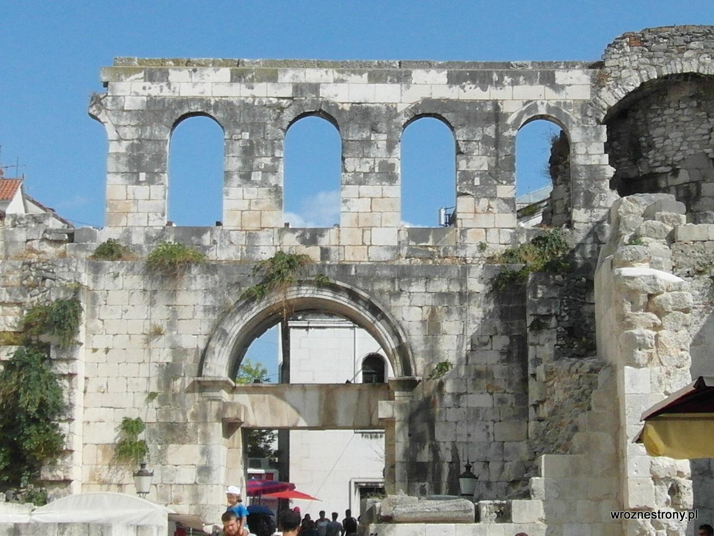 Srebrna Brama, Split