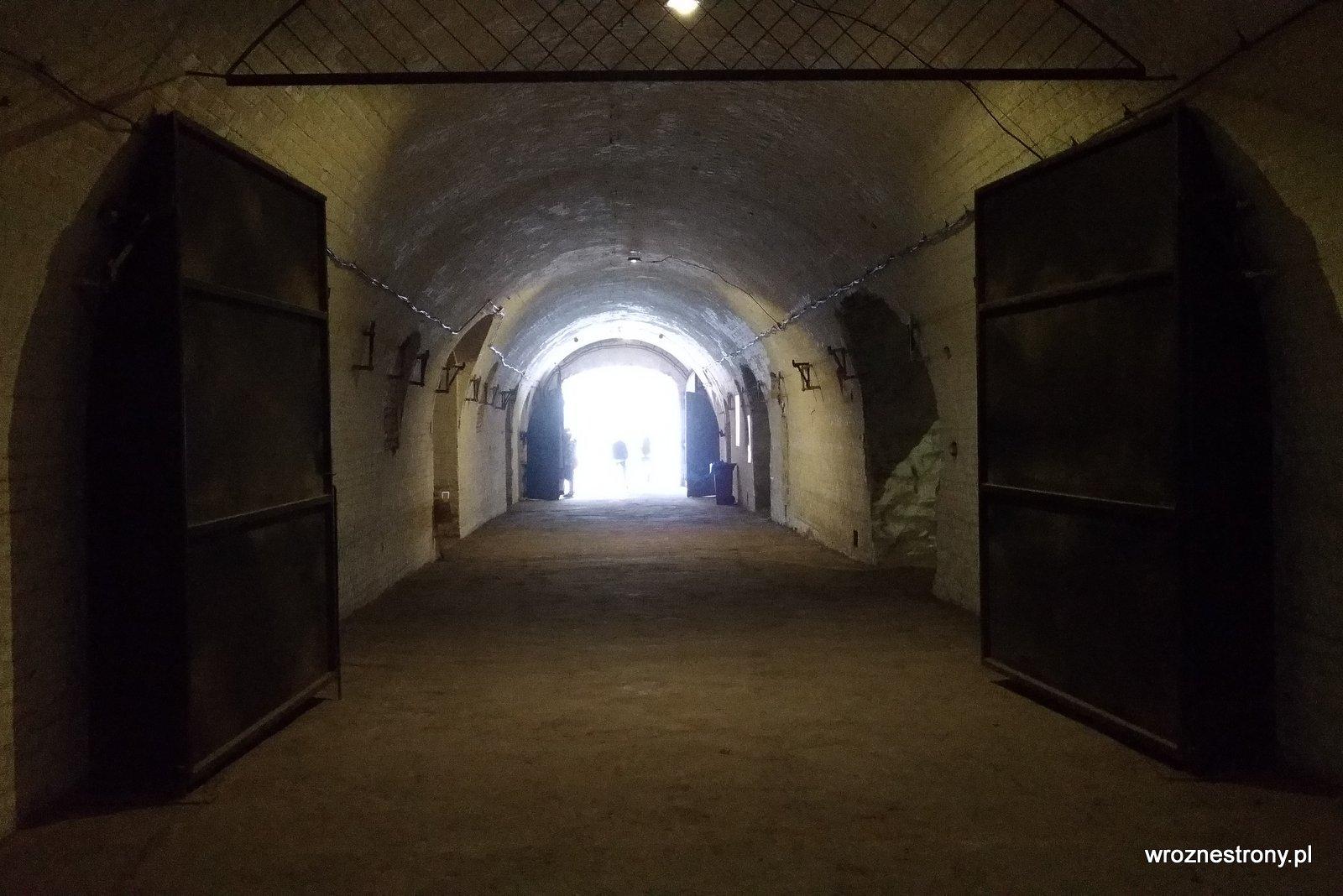 Wnętrza Fortu VI