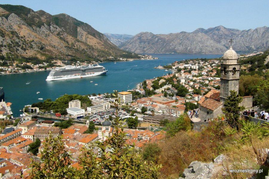 Niezapomniany widok na Zatokę Kotorską