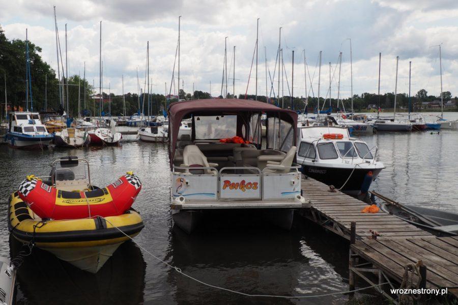 Statek Perkoz na jeziorze Drawsko w Czaplinku