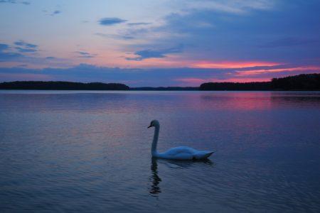 Zachód słońca nad jeziorem Drawsko
