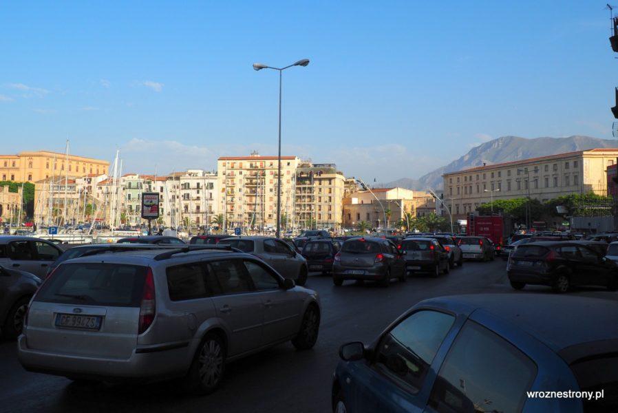 Korki na ulicach Palermo