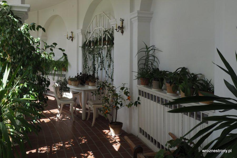 Dawna oranżeria w pałacu w Śmiełowie