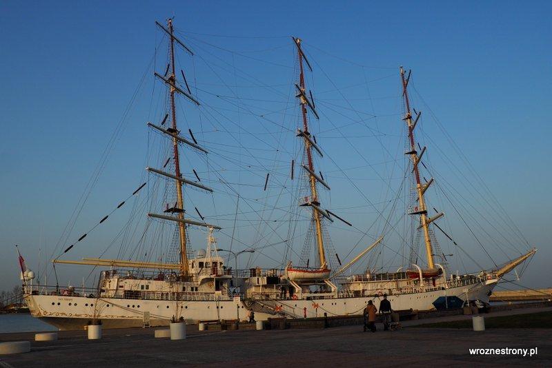Dar Młodzieży w Porcie w Gdyni