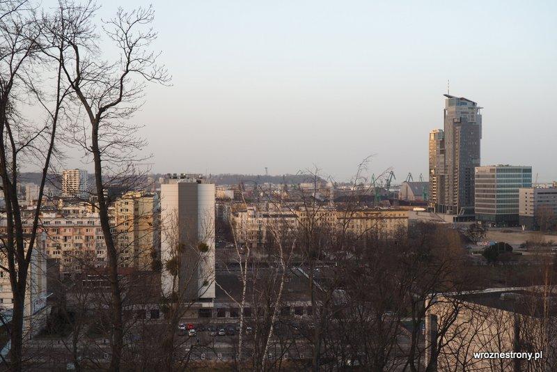 Widok z Kamienneh Góry na Gdynię